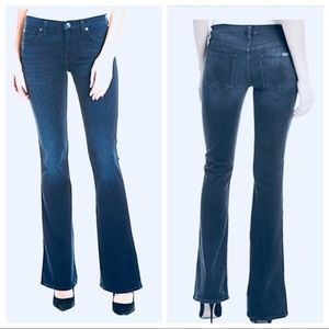 """7 For All Mankind -The """"A Pocket"""" style Flared Leg"""